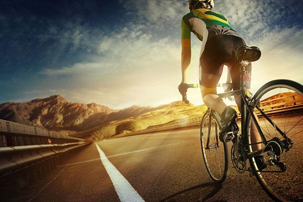骑自行车.jpg